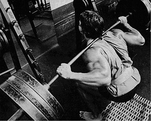 does workoing out legs builds testosterone